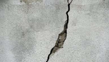Best Concrete Crack Filler: Repairing & Sealing Cracks Quickly